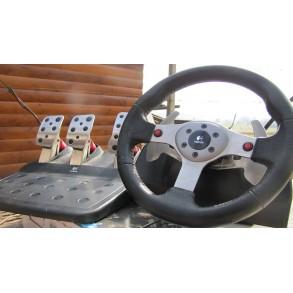 Logitech g25 volan brez menjalnika rabljen